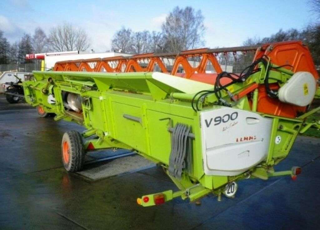 CLAAS V 900 Typ 716 reaper