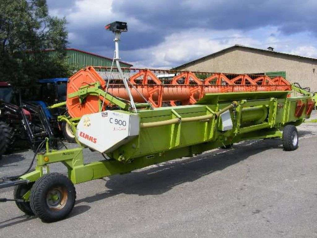 CLAAS C 900 CAC reaper - Photo 1